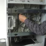 remplacement du charbon d'un moteur de lave-linge